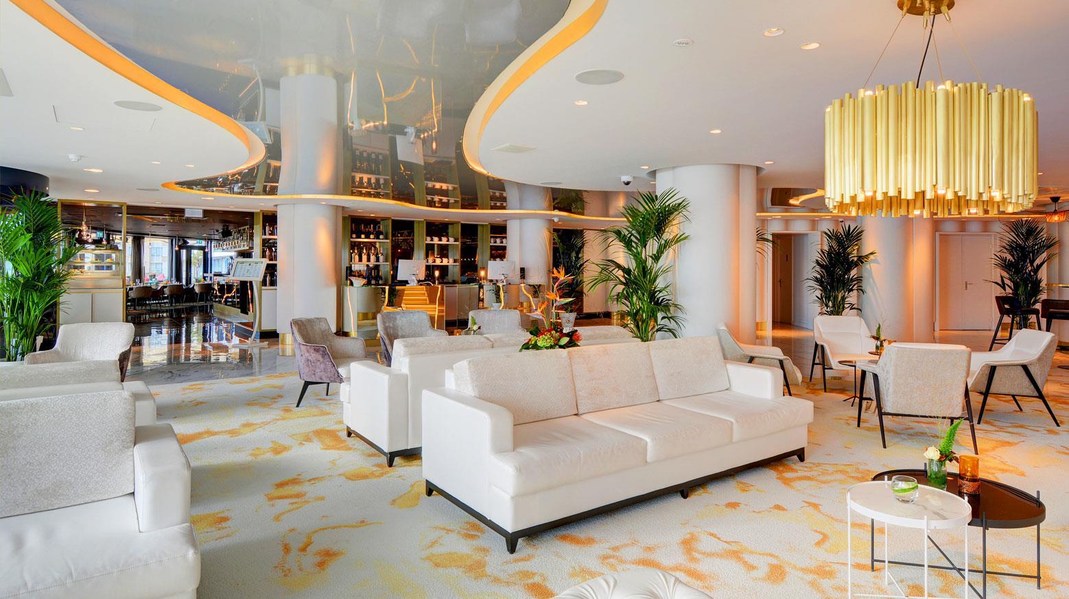 Lounge in het Arion Hotel in Vlissingen.