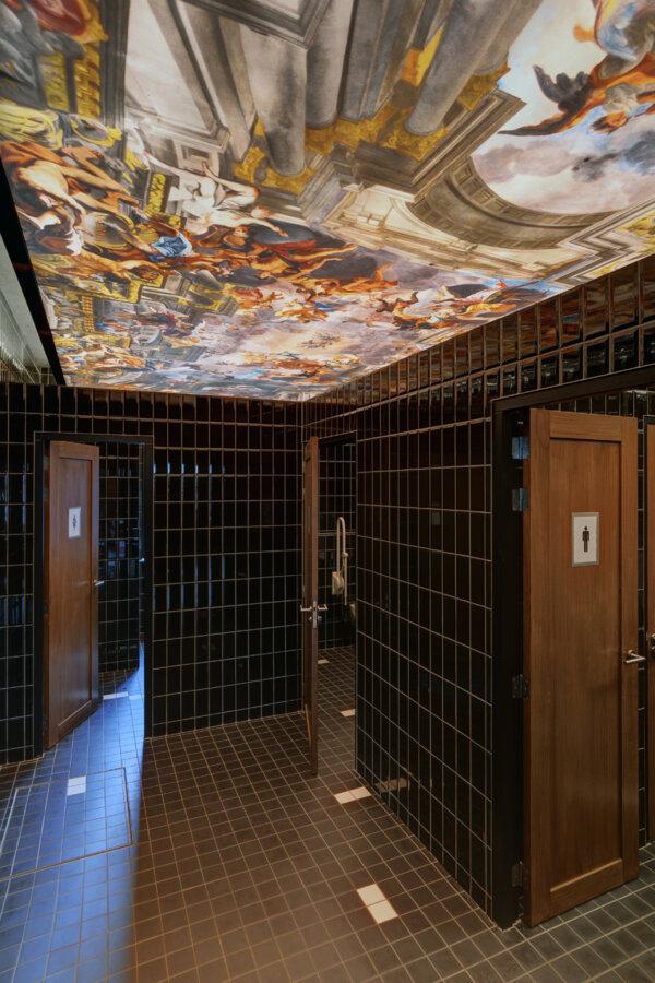 Toilet van Grand Cafe Blur in Dishoek.