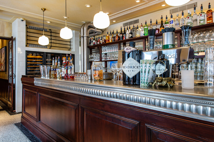 Amadore Domburg Bar