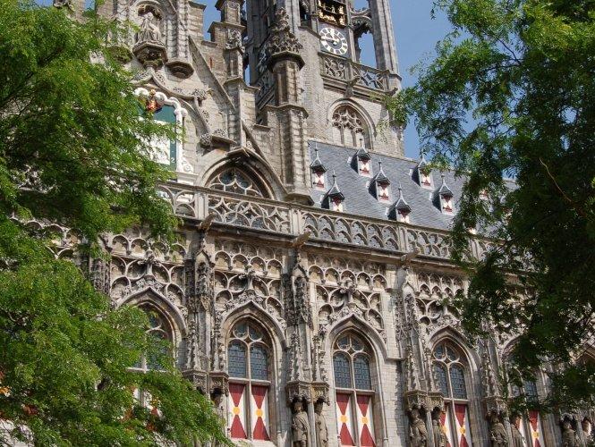 Het stadhuis van Middelburg.